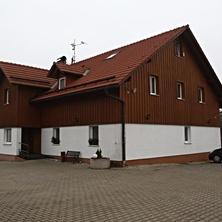 nová budova pensionu Jitka + parkoviště - Šimonovice