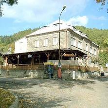 Exteriér - objekt bývalé školy