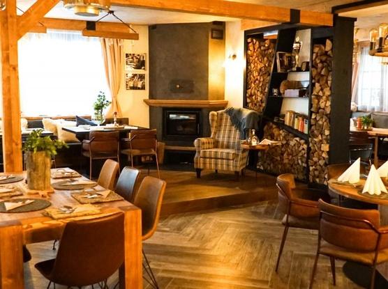 Hotel Mc Limon Restaurace, bar