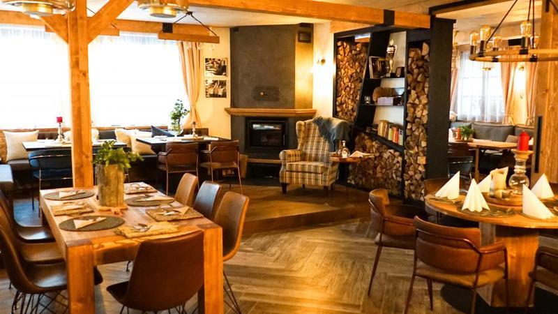 Restaurace, bar