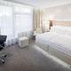 Pokoj typu Deluxe s manželskou postelí, vířivou vanou a terasou