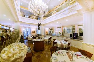 KARLSBAD GRANDE MADONNA (Aura Palace) Karlovy Vary 1113606798