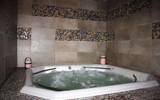 Wellness hotel Helios privátní balneo - whirlpool