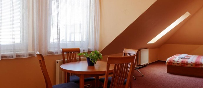 Restaurace a Pension Garnet Olomouc 1143434491