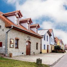 VÁŠ SKLEP - vinný sklep a penzion Nový Šaldorf-Sedlešovice