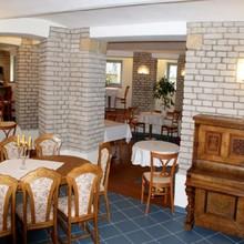 Villa A. Málka Poděbrady 1127324483