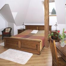 Villa A. Málka Poděbrady 37544522