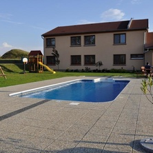 Venkovní bazén - Novosedly
