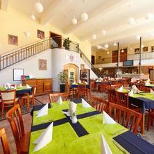 Wellness hotel REZIDENCE-Nové Hrady-pobyt-Prodloužený víkend s nápoji zdarma