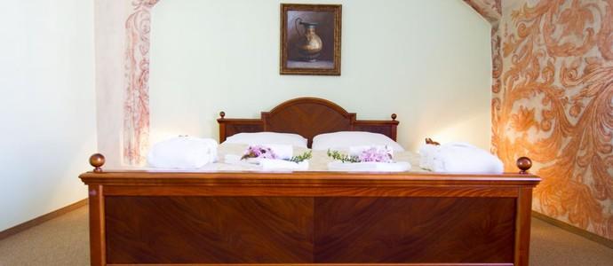 Wellness hotel REZIDENCE-Nové Hrady-pobyt-VÍKENDOVÝ RELAX s wellness a nealko nápoji zdarma