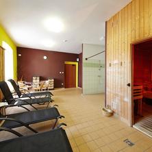 Wellness hotel REZIDENCE-Nové Hrady-pobyt-Květnový sváteční prodloužený víkend