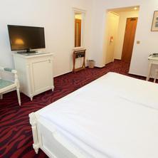 Hotel Galant Lednice Lednice 36462374