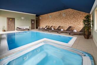 Hotel Amálka-Straškov-Vodochody-pobyt-Aktivní dovolená s wellness a Segway pod horou Říp