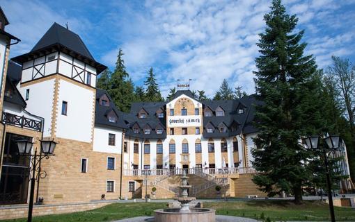 Zámek Lužec Spa & Wellness Resort