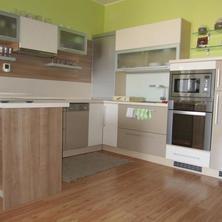 Kuchyňa v C12