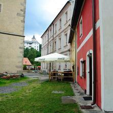 Pohled z ulice - Rožmberk nad Vltavou