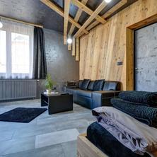 Dvoulůžkový apartmán s manželskou postelí a terasou