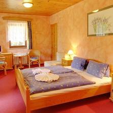 Hotel Martin a Hotel Kristýna Špindlerův Mlýn 42725742