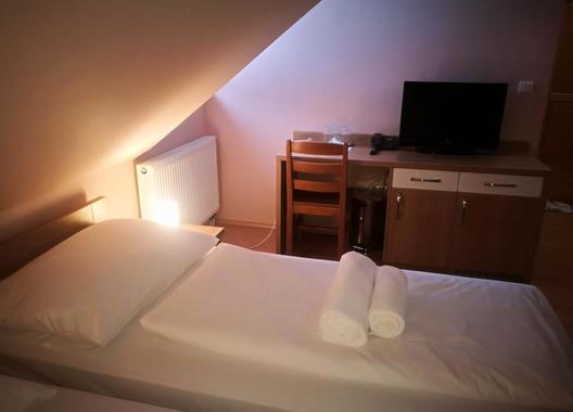 Horský-hotel-Hájenka-8