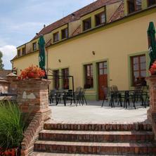 Hotel Aurelius Mikulov 39942330