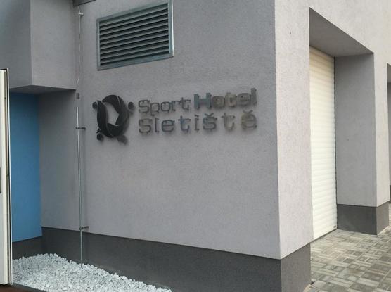 Sport Hotel Sletiště Logo hotelu