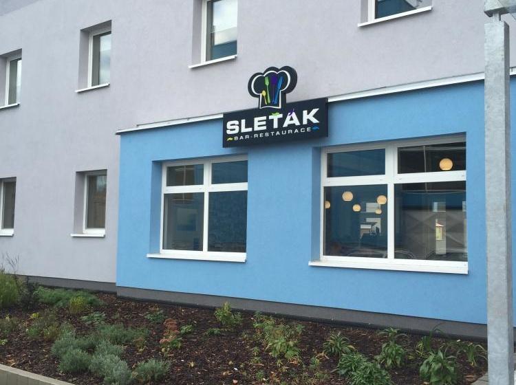 Sport Hotel Sletiště Exteriér 2