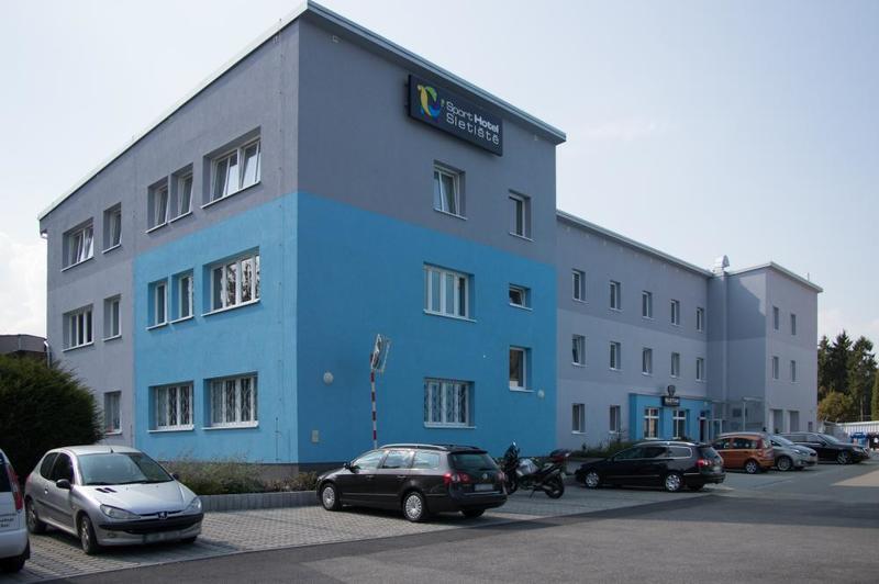 Sport Hotel Sletiště 1