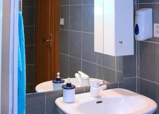 Rooms-Novobranská-/-Orlí-7