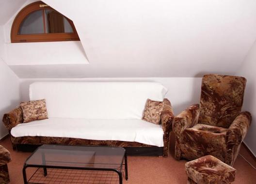Rooms-Novobranská-/-Orlí-6