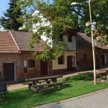 Ubytování nad sklípkem Pod pyramidou Moravská Nová Ves