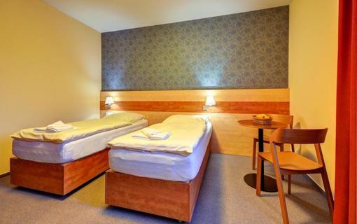 Hotel Toč 1155396451