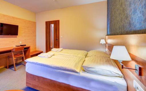 Hotel Toč 1155396453
