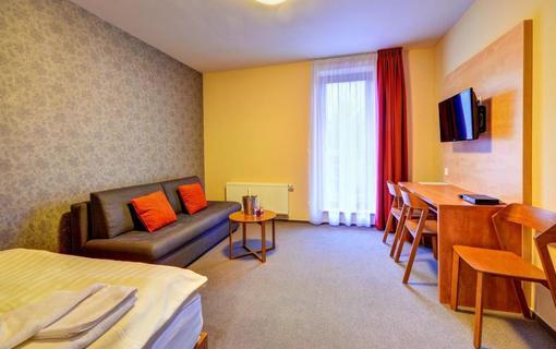 Hotel Toč 1155396443