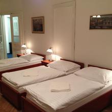 Apartments Kaprova Praha