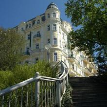 Hotel Belvedere Mariánské Lázně 42275362