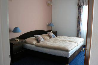 Eurohotel garni Karlovy Vary 45621894