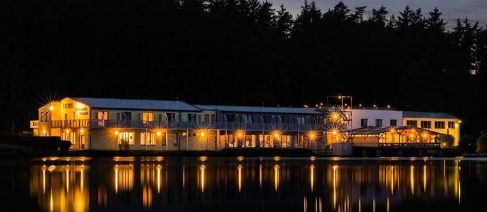Hotel & Wellness Knížecí Rybník Tábor 1117085380