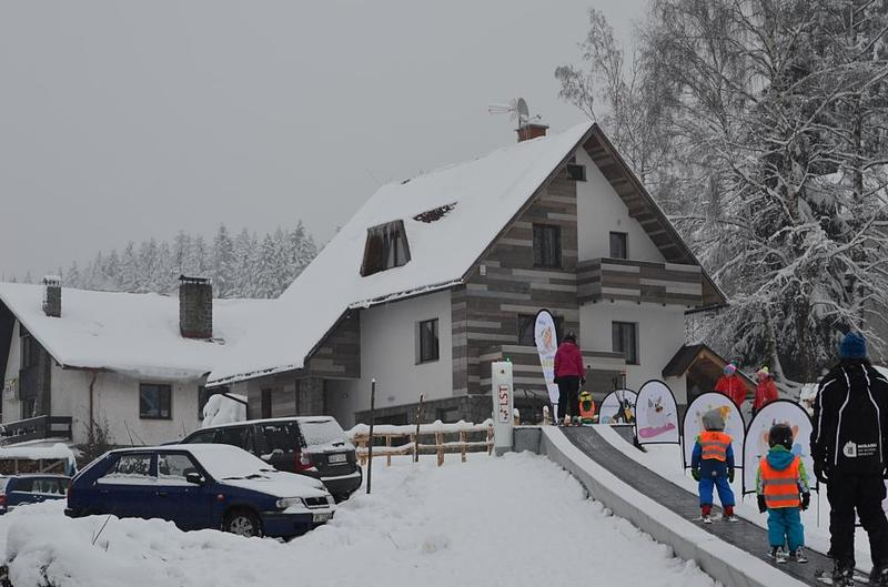 Ski-in & Ski-out Aparment | direct on the skislope, children ski-school