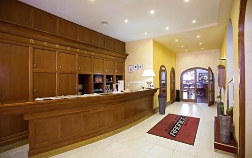 HOTEL RADNICE Recepce