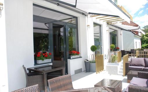 Hotel Golfi 1157044685