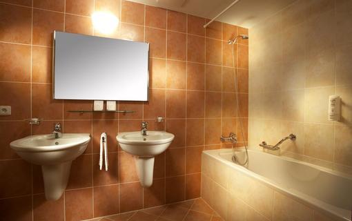 Hotel Akademie Naháč 1154106911