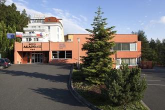 Chocerady-Hotel Akademie Naháč