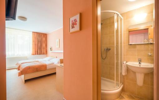 Hotel Akademie Naháč 1154106913