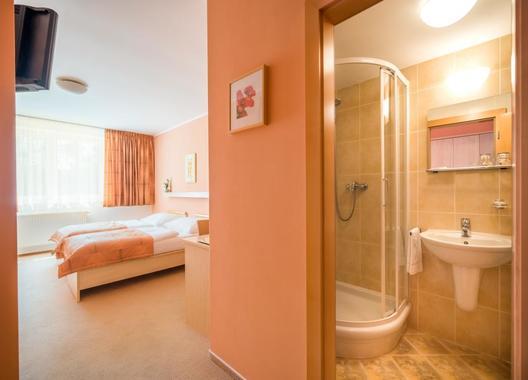 Hotel-Akademie-Naháč-6