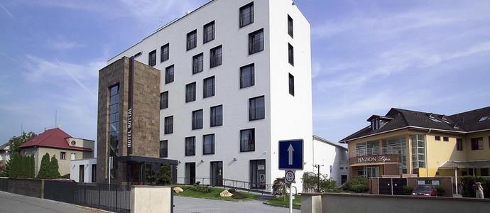 Hotel Rottal Otrokovice
