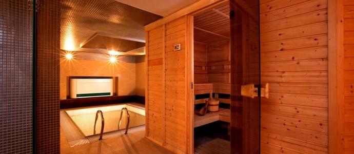 Hotel Relax Inn -Praha-pobyt-Wellness pobyt s privátním bazénem a saunou na 2 noci
