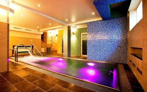 Relax na 1 noc s privátním wellness-Hotel Relax Inn 1157624803