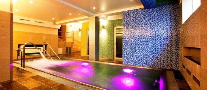 Hotel Relax Inn -Praha-pobyt-Relax na 1 noc se snídaní a privátním bazénem v hotelovém wellness