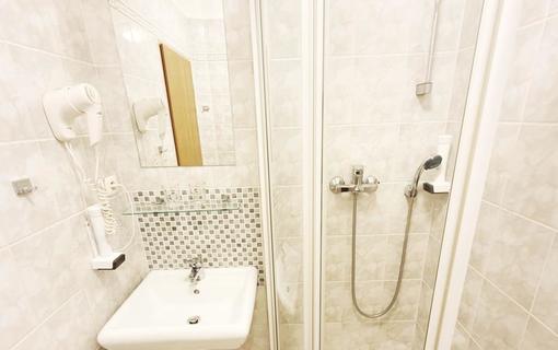 Hotel Relax Inn 1151702039