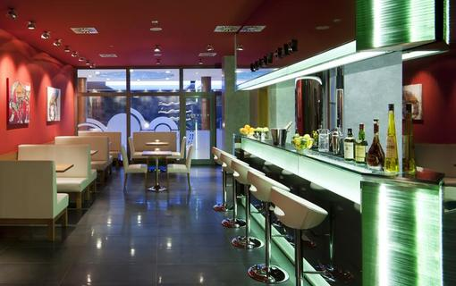 Hotel Vitality Lobby bar